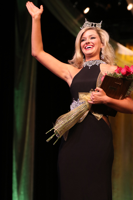 Saturday night, Macy Mitchell was crowned Miss USM 2016 at the Miss University of Southern Mississippi Pageant on Sept. 20, 2016