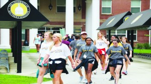 Student organizations and the GEWW crew partnered together to volunteer for USM's Move in Day 2017