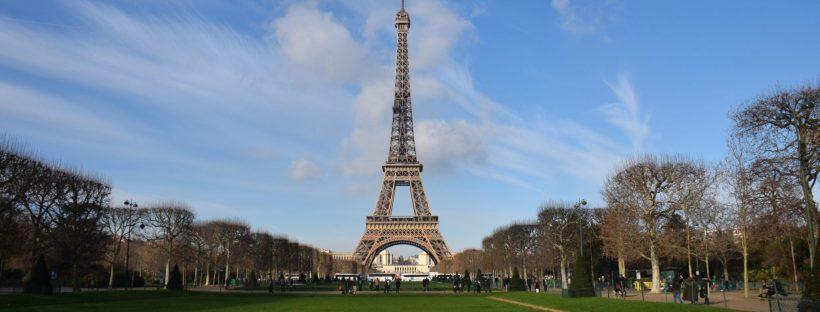 Eifflov stolp potovanja za študentske družine