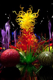 dale-chihuly-utterly-breathtaking-montreal-designboom-10