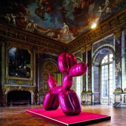 Marcel Duchamp - Fontaine (1917/1964) Titre attribué : Urinoir L'original, perdu, a été réalisé à New York en 1917. La réplique a été réalisée sous la direction de Marcel Duchamp en 1964 par la Galerie Schwarz, Milan et constitue la 3e version. Faïence blanche recouverte de glaçure céramique et de peinture 63 x 48 x 35 cm