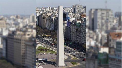 Aurait-on volé la pointe de l'obélisque de Buenos Aires ?