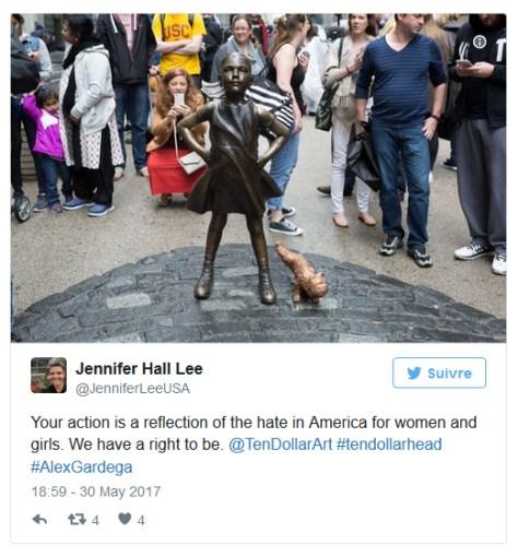 """Traduction du tweet : """"Votre acte est le reflet de la haine qui existe en Amérique envers les femmes et les filles. Nous avons le droit d'exister."""""""