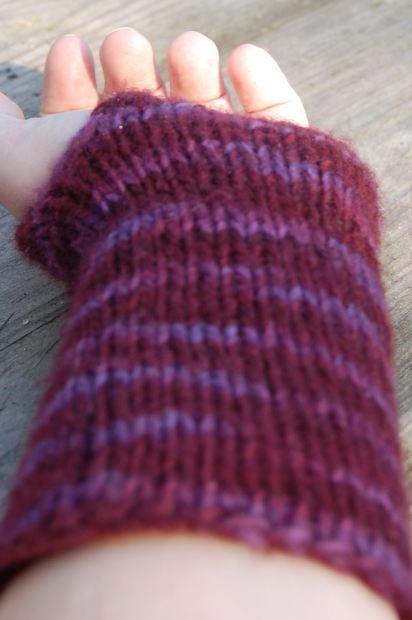 wristwarmers knitting pattern