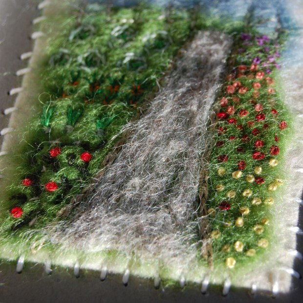 Studio Paars - fiber arts thingy - needle felting + embroidery - felt + wool roving