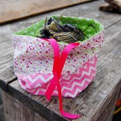 project tas bloem chevron pink roze floral flowers bloemen bloemetjes groen paars green purple sweet cute lief zoet Studio Paars project bag tas tasje breitas breitasje projecttas projectttasje knitting crochet embroidery breien haken borduren haaktas haaktasje