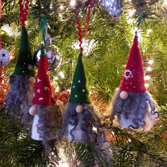 kerst-kerstboom-kabouter-kerstkabouters-gnomes-holidays-tree