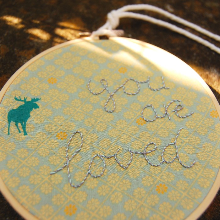voorbeeld workshop vrij borduren - you are loved