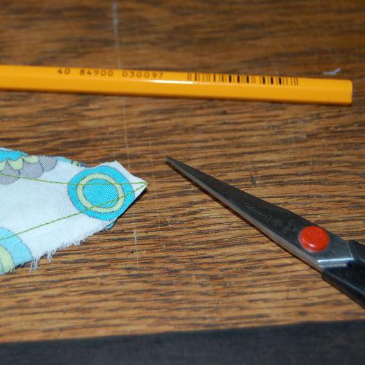 knip de stof bij het puntje weg door studio paars