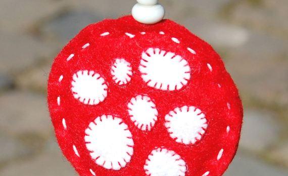 Paddenstoel hanger van vilt door studio paars