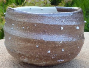Marcus O'Mahony wood-fired large teabowl. The height is 13.5 cm (5.3 inches) and the maximum diameter is 19.6 cm (7.7 inches). Price: £145