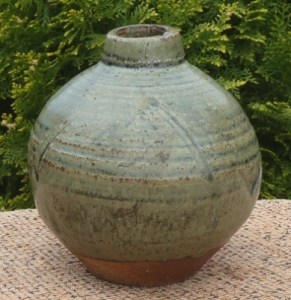 Janet Leach (1918 - 1997) Miniature stoneware jar with personal seal and the Leach Pottery seal. The maximum height is 9.4 cm (3.7 inches) and the maximum external diameter is 9.1 cm (3.6 inches). £185