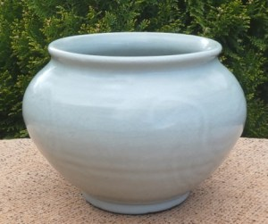 James Walford (1913 - 2003) Celadon glazed stoneware vase with his JW seal mark. The height is 12.4 cm (4.9 inches) and the maximum external diameter is 16.8 cm (6.6 inches). £145