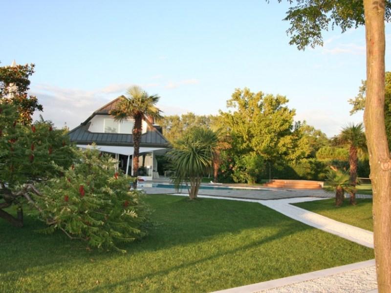 Villa con piscina – ALBARELLA