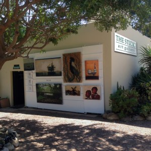 The Studio Art Gallery showcases a large selection of original artworks and artists-prints by contemporary South African artists Donna McKellar and Marc Alexander.