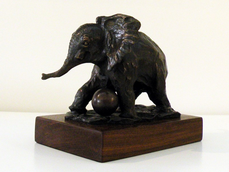 The Studio Art Gallery - Richard Gunston Sculptures - Baby Elephant Detail 2