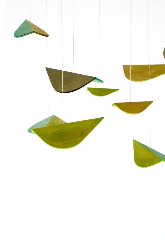 Blattwerk - Holzmobilé mit Blättern