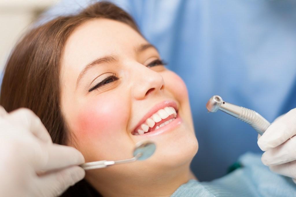 Studio Dentistico Pagliari | Chirurgia Orale | Dentisti in Parma Soragna Fidenza Fontanellato Fiorenzuola