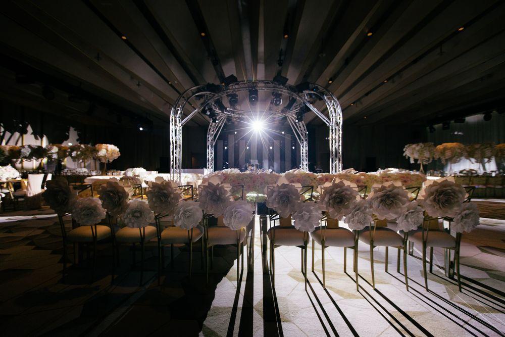 Dubai wedding ideas, Wedding flower design Dubai captured by Dubai wedding videographer