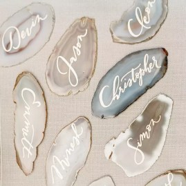 Sliced agate geodes : http://www.marthastewartweddings.com/605126/rustic-chic-wedding-reception-tablescape
