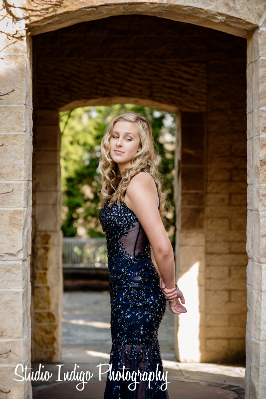 Love this pose.  And with her beautiful prom dress it gives the portrait a glamorous vintage feel.