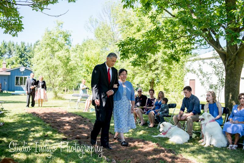 stoughton-outdoor-wedding-09