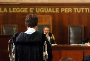 tribunale-giustizia-processo-avvocato-giudice
