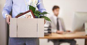 Licenziamento per giusta causa del dipendente in caso di omessa denuncia delle irregolarità commesse dai colleghi
