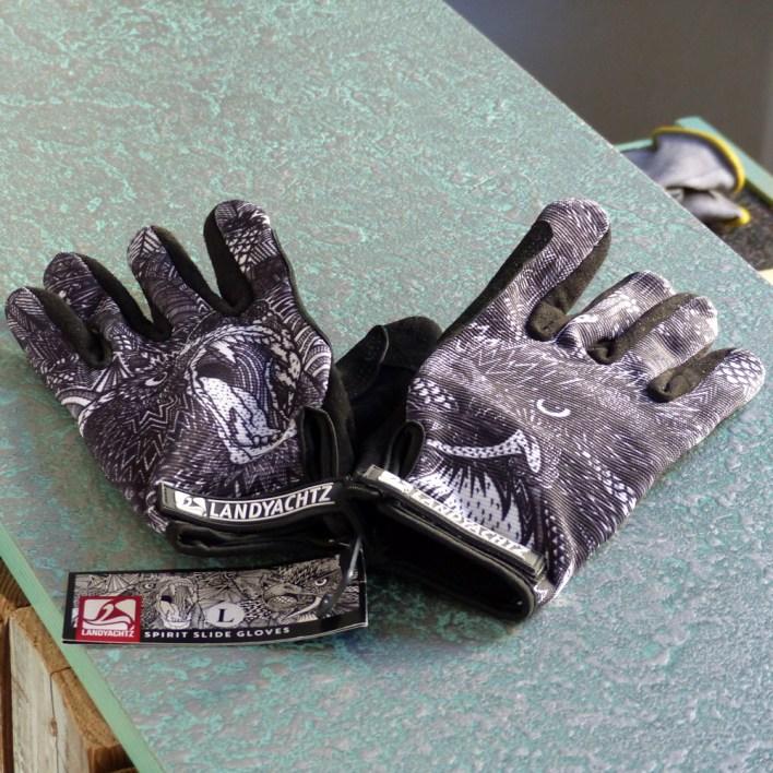 Landyachtz slide gloves spirit