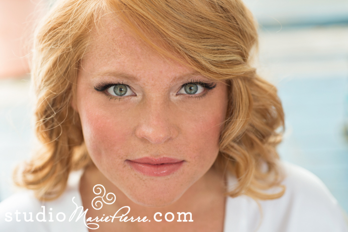 top 5 reasons to hire a professional hairstylist and makeup artist on your wedding day