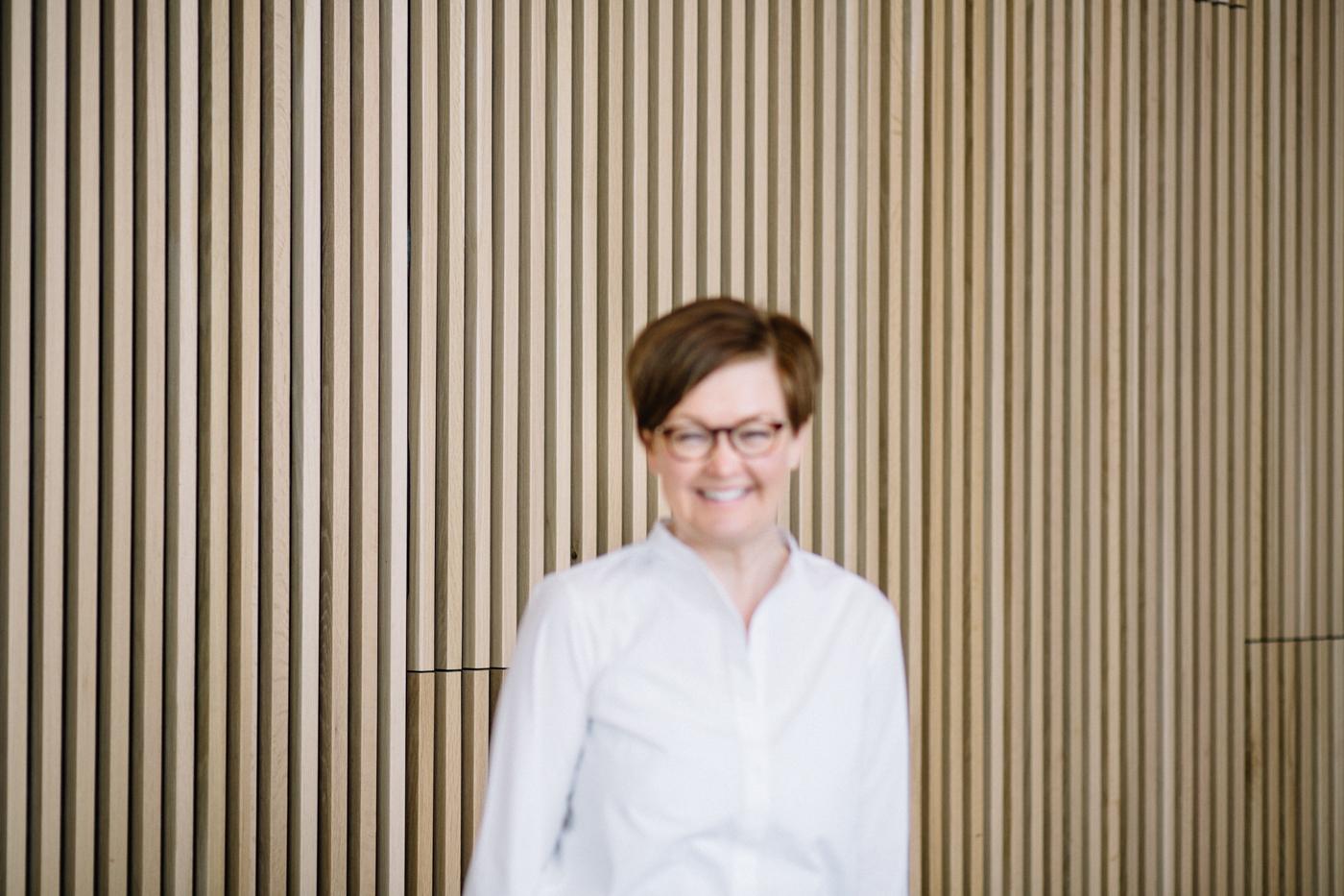 Kaisu Studio Metsän Erika Lindin kuvattavana Helsingissä Muotokuvaus
