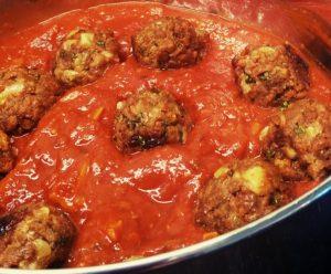 Gehaktballetjes in tomatensaus Vega!070 Studio Mindful