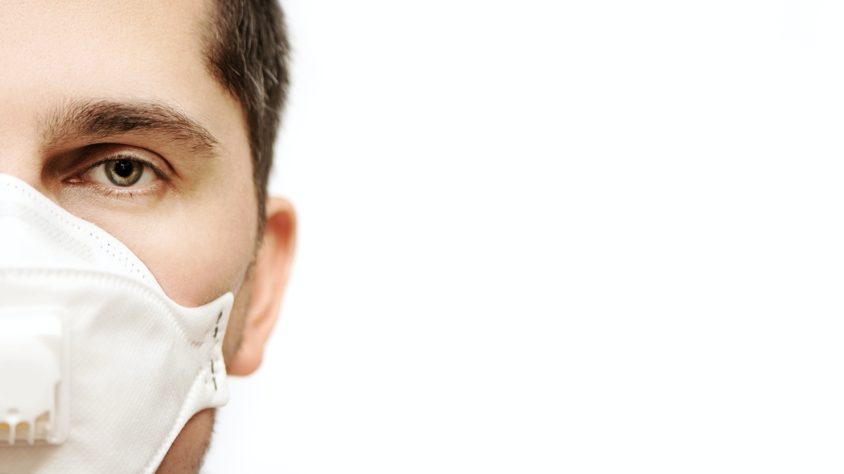 Mascherina e problema alla testa