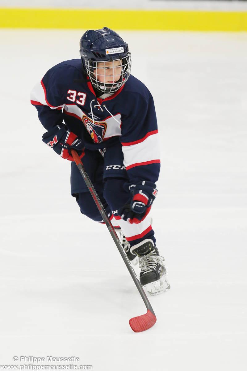 Joueur de hockey en action