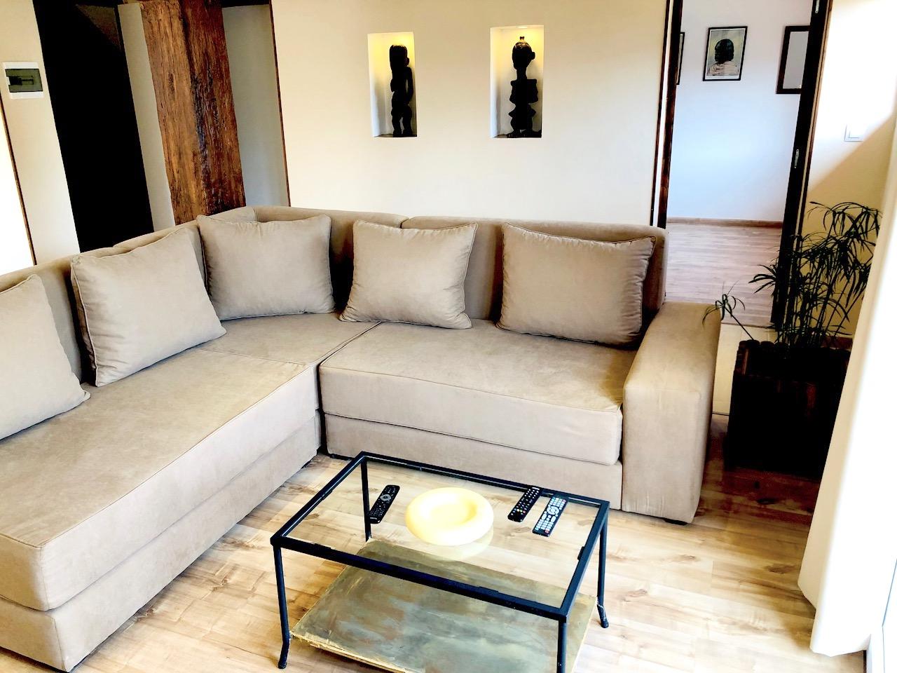 Studio meublé à louer à Antananarivo - Madagascar - Nofylou 2 - 10