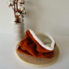 roestkleurige ribfluweel sjaal
