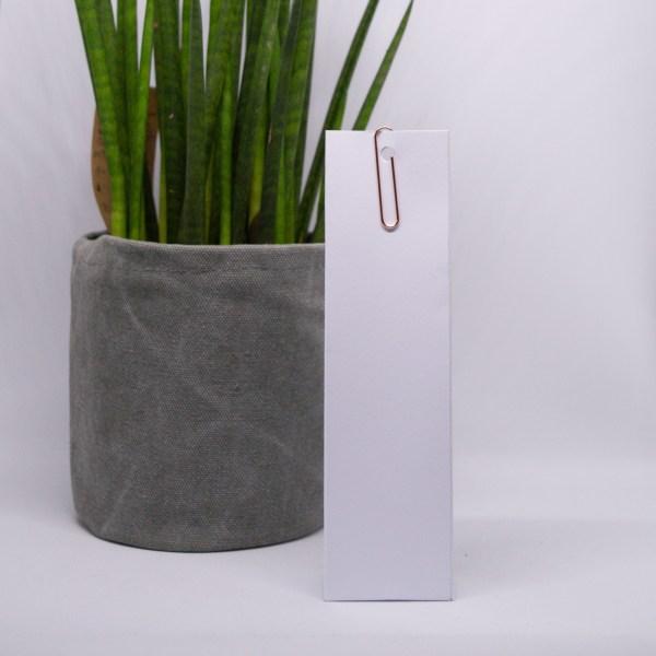 hoog doosje wit met rose paperclip