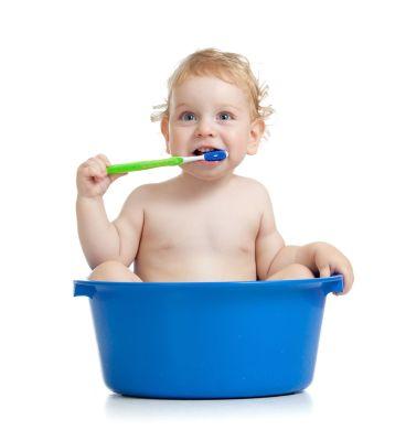 Bambini, denti da latte e denti permanenti