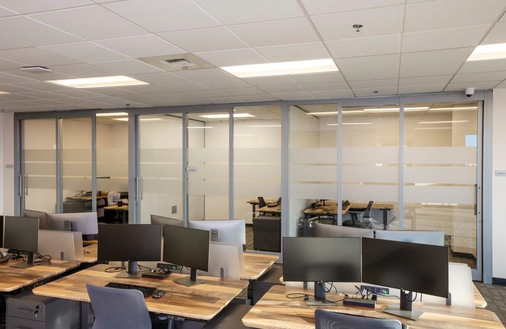 shared desks, the studio coworking creekside roseville