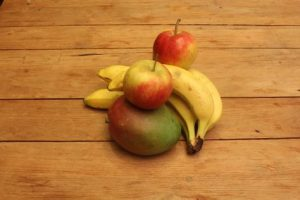 Apples, bananas and a mango