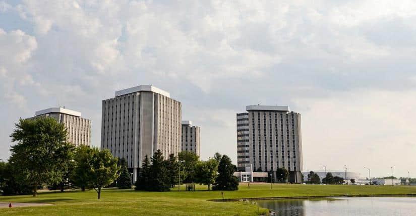 Northern Illinois University 北伊利諾大學