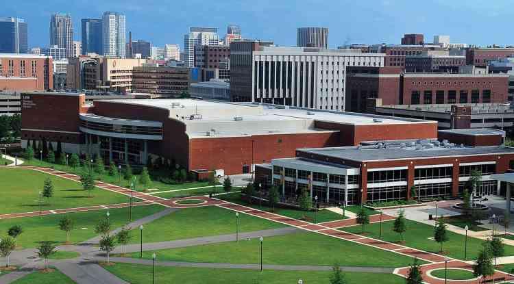 University of Alabama at Birmingham 阿拉巴馬大學伯明翰分校