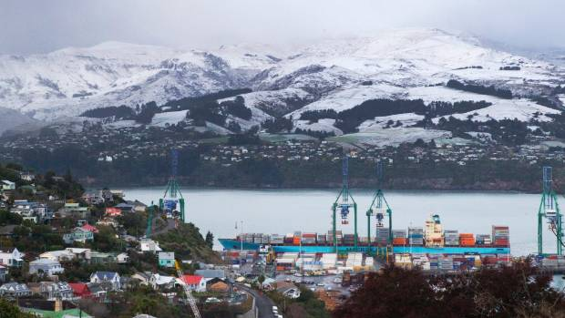 Light snow fell to near sea level in Lyttelton Harbour overnight Saturday but the worst of the bad weather appears to be over.