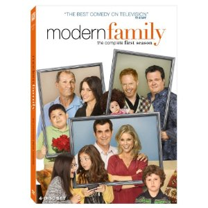 Modern Family: The Complete First Season – DVD Review
