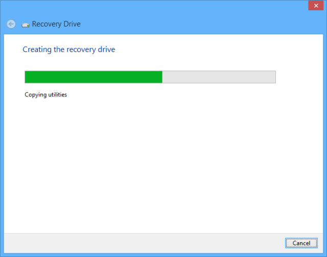 Windows 10 recovery drive - creation in progress
