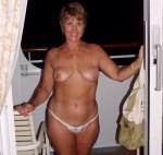 femme mariée du 66 montre son cul en photo