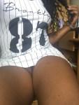 hot femme noire nue dans le 07 en photo