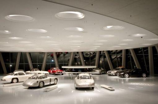 Klicken Sie sich durch die Bilder der Ausstellung. Foto: Daimler AG