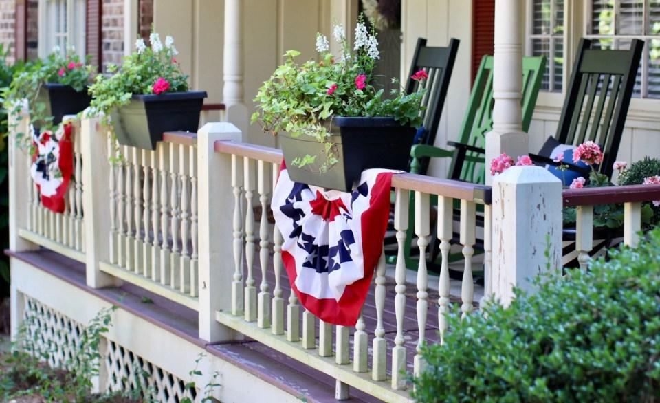 memorial day porch decor