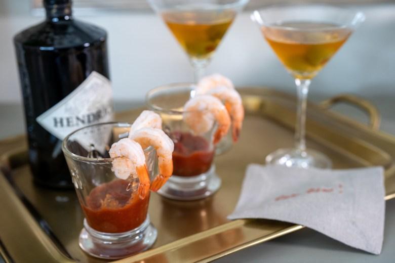 dirty gin martini